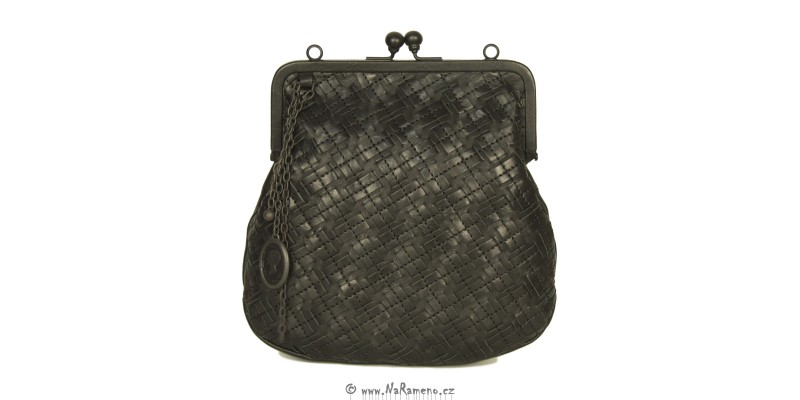 Pletená malá černá kabelka - psaníčko do společnosti Mrs. Fortune Cookie - braided od Aunts and Uncles